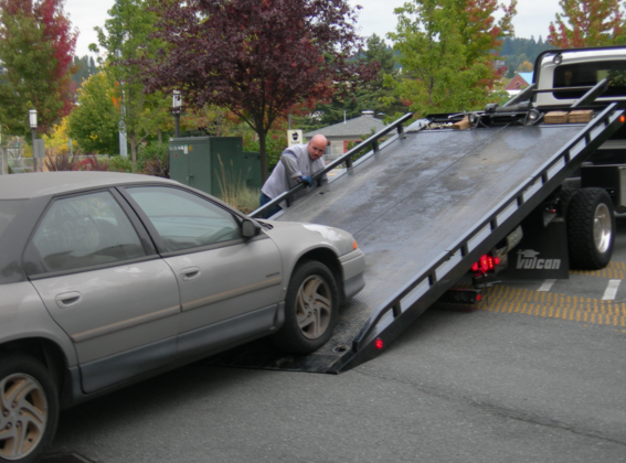 24 hour tow truck and roadside assistance, San Diego